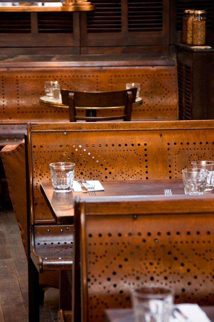 Imágenes del mobiliario y decoración del restaurante Taphouse