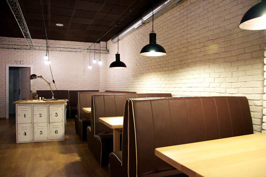 Dise o interior para hamburgueser a de estilo industrial for Muebles para pub