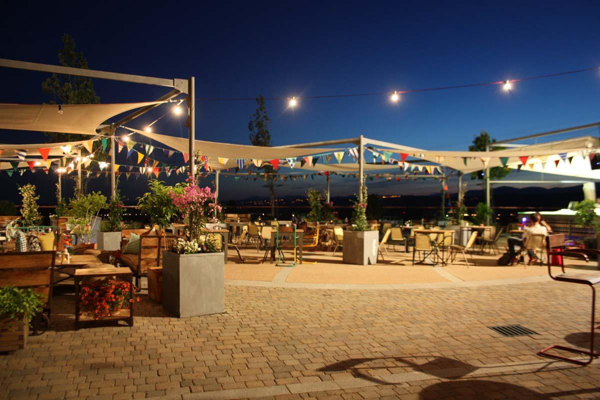 Fotos de la terraza de verano de la Rozas Village.