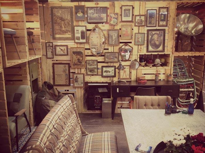 Imágenes de mobiliario vintage en Maison & objet de la firma Francisco Segarra