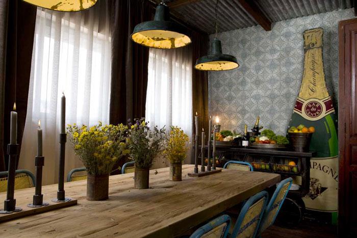 Imágenes de los muebles contract de Francisco Segarra en The Blue Coffee