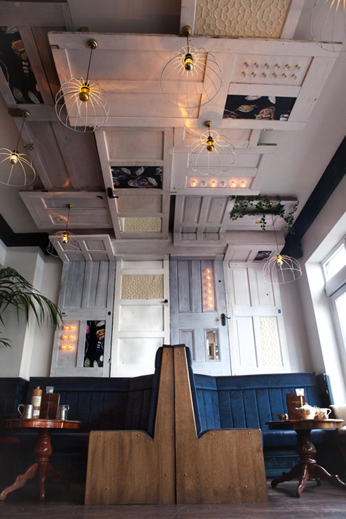 Materiales para decorar reformar o equipar locales de ocio - Puertas originales interiores ...