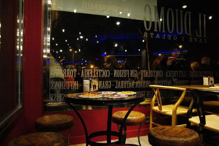 Imágenes del interiorismo y decoración del restaurante-pizzeria Il Duomo