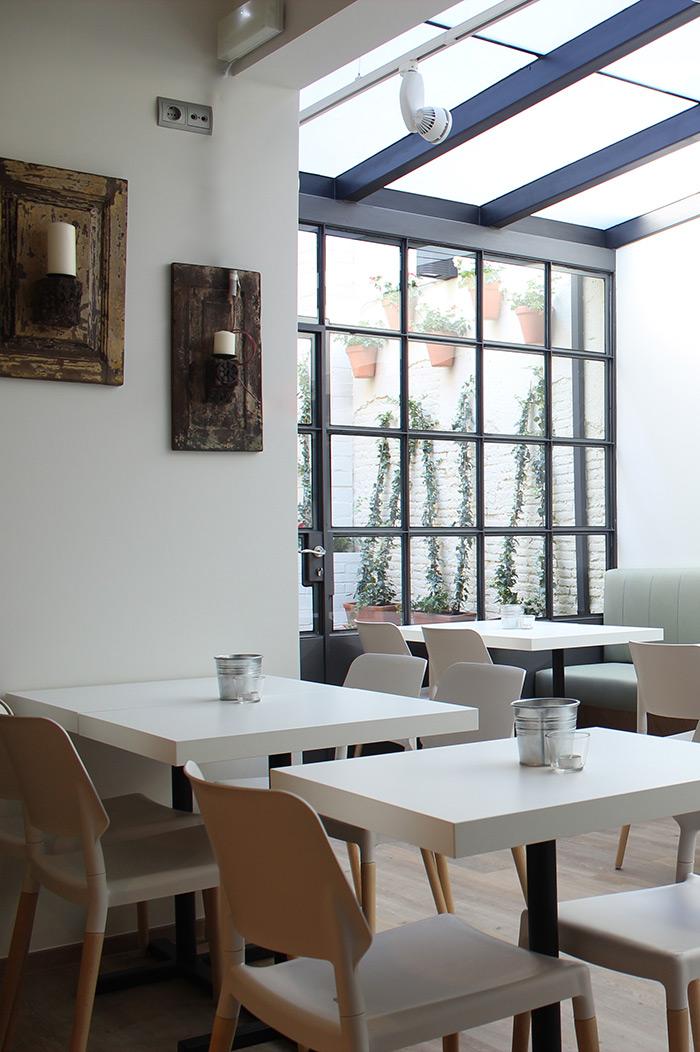 Fotos. Mesas y sillas bar restaurante La Cullereta.