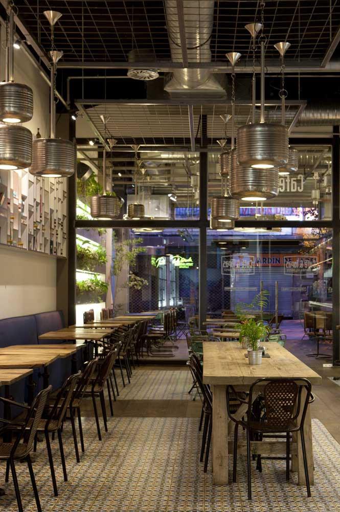 Imágenes del Diseño interior en la cafetería cafe&tapas Madrid