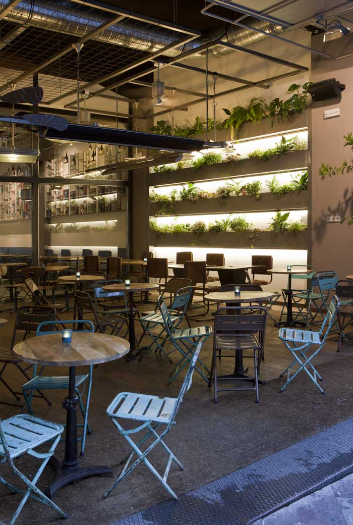 Proyecto de interiorismo de caf tapas calle montera cuca - Decoracion locales hosteleria ...