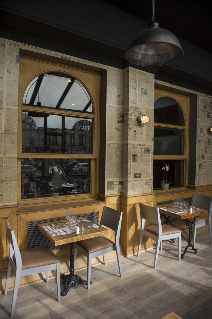 Fotos de la decoración en la cervecería Chantecler de Lyon