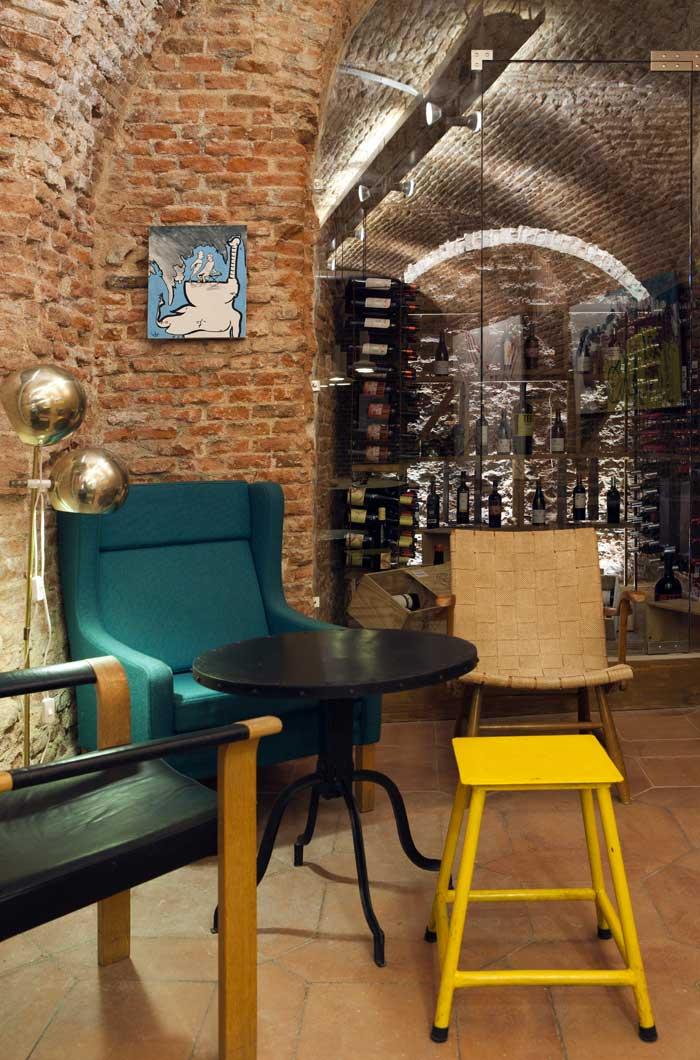 Imágenes del proyecto de interiorismo para la franquicia Café y Tapas Madrid