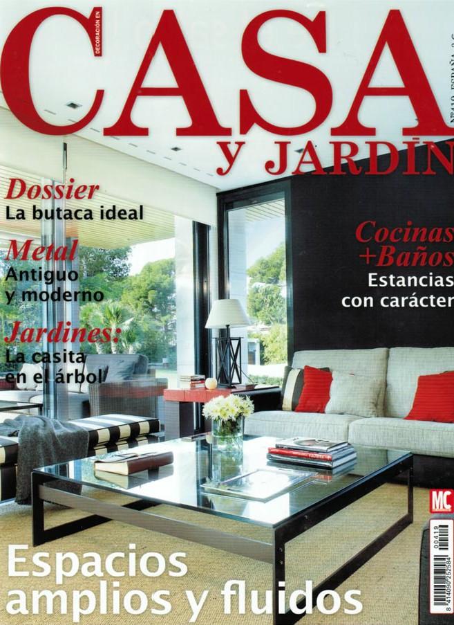 Revistas de diseo de interiores best decoracin de for Casa y jardin bazaar 2013