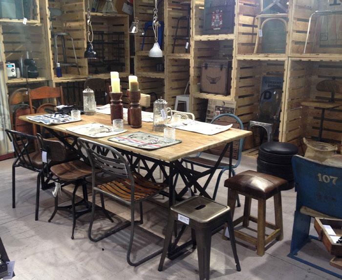 Francisco segarra exporta el mobiliario vintage en alimentaria for Muebles para cafeteria precios