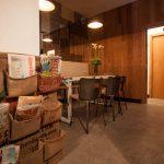 Imágenes del Interiorismo vintage en el Gastrobar Constante & Co