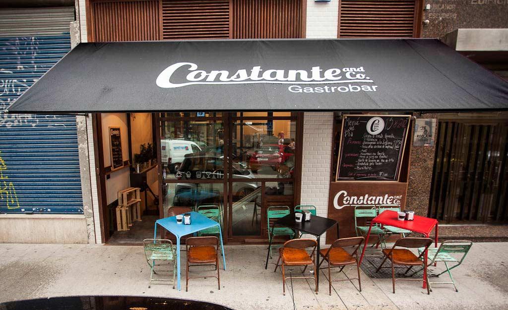 Proyectos interiorismo y reformas locales comerciales y bares for Mobiliario de un restaurante bar