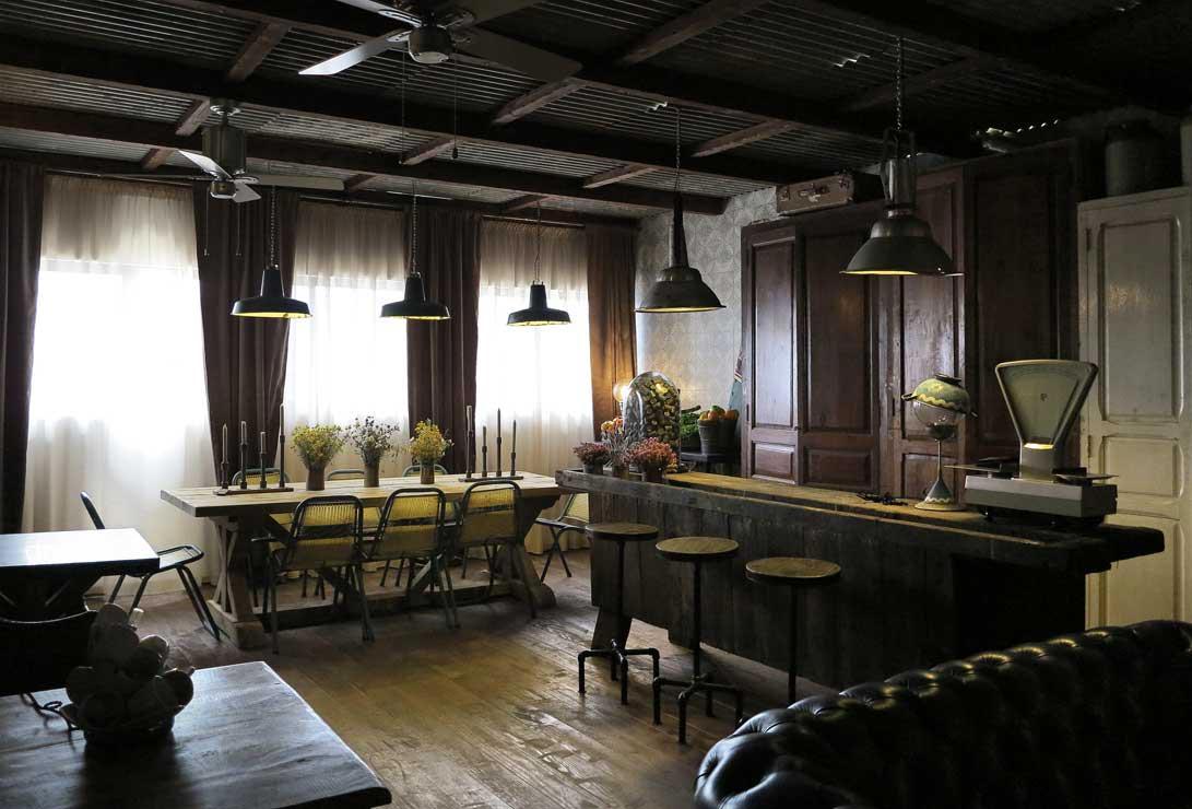 Candidatura the blue coffee restaurant bar design awards - Segarra muebles ...