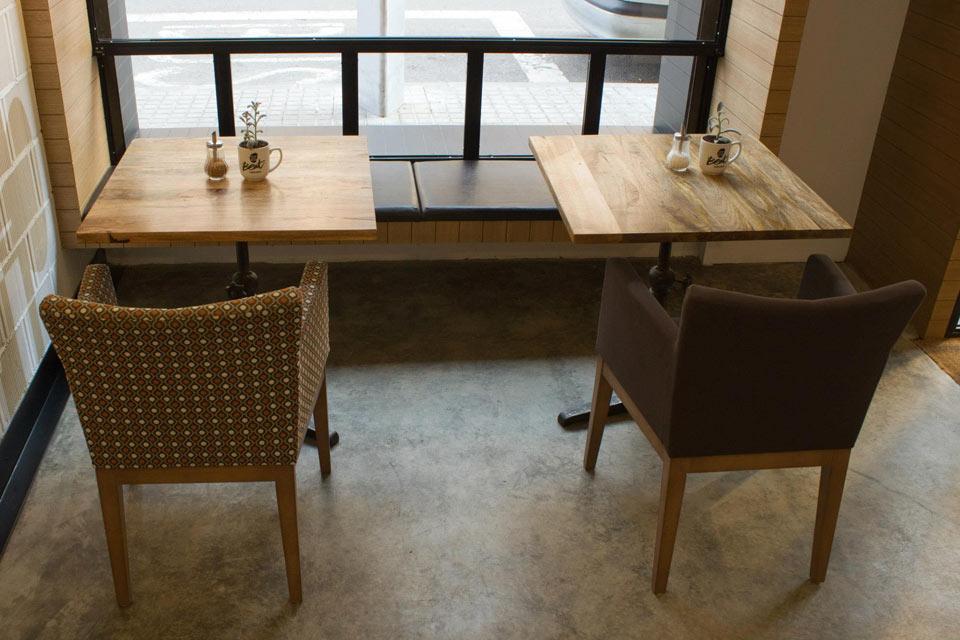 Proyecto de interiorismo de la cafeter a beat caf soul for Mobiliario para cafes