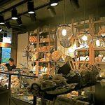 Fotos del mostrador de la panadería Vallespà