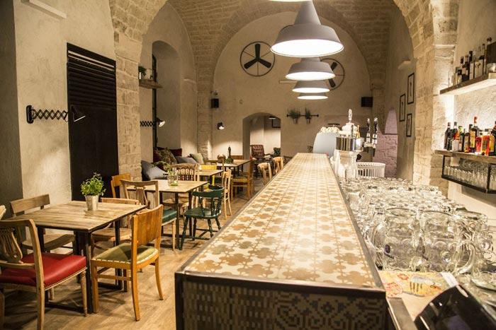 Imágenes de mesas y sillas para hostelería