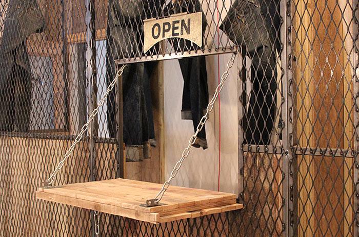 Mobiliario y decoracion de interiores sector retail for Decoracion de almacenes de ropa