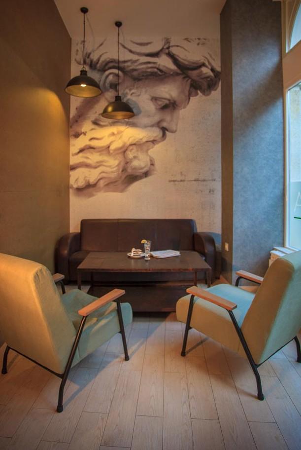 Fotos del Mobiliario de Francisco Segarra en la pastelería Ágora