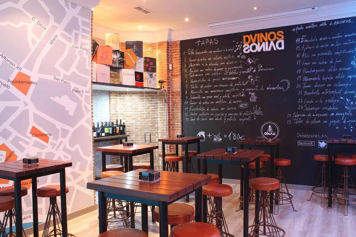 Nueva decoraci n en bar de tapas dvinos con muebles fs - Decoracion de bares ...