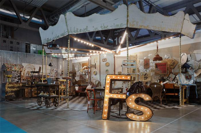 Foto del Stand de la firma FS MUEBLES (Francisco Segarra) en HOST, Italia.