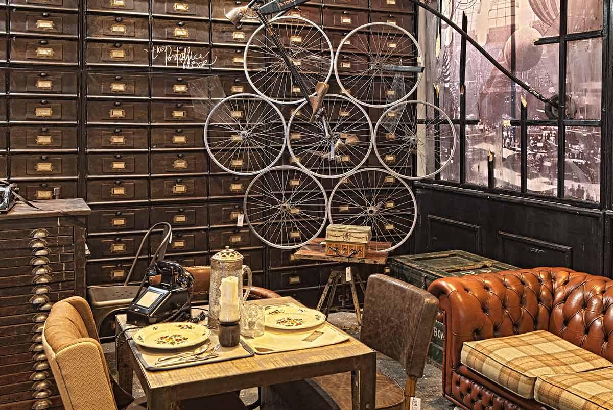 Foto de los muebles para decoración vintage Francisco Segarra en Horeq 2013.
