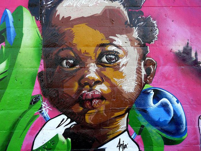 Imágenes de Graffitis. Decoración paredes. Francisco Segarra.