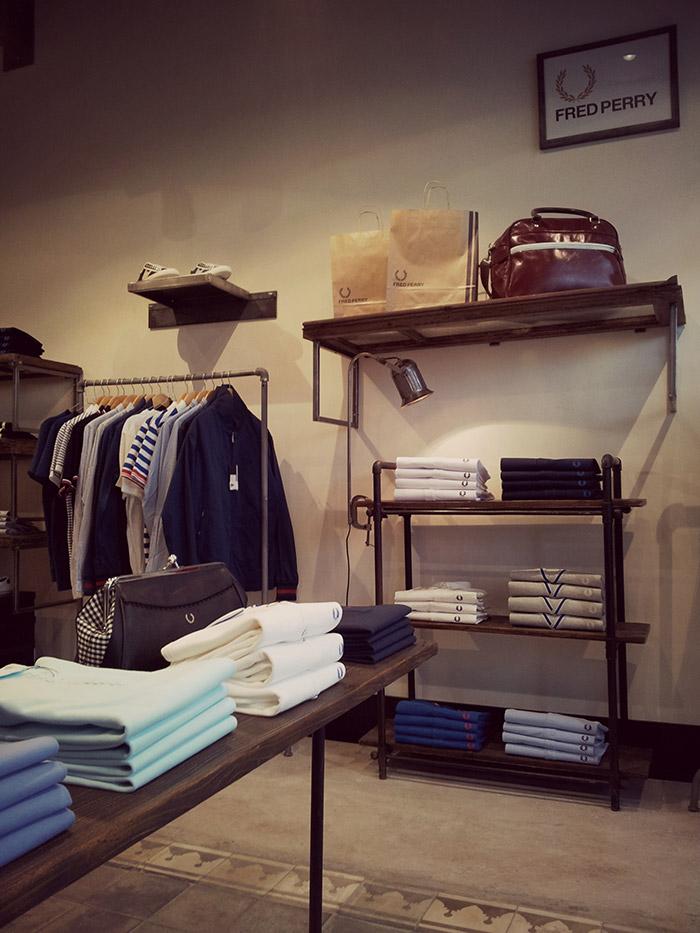 Imagen del mobiliario para proyectos comerciales para tiendas de Francisco Segarra.