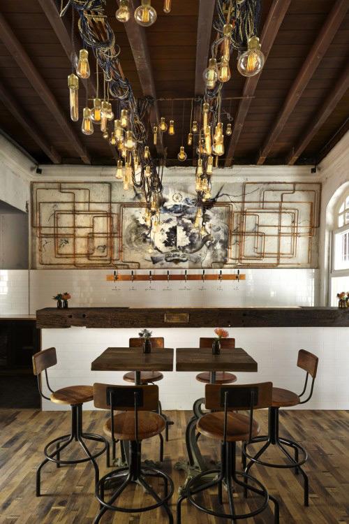 Noticias sobre mobiliario e iluminación profesional.