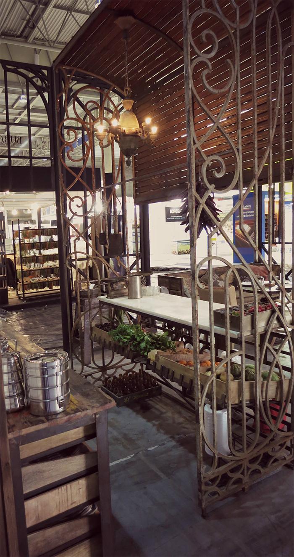 Fotos del mobiliario vintage Francisco Segarra en Alimentaria 2014