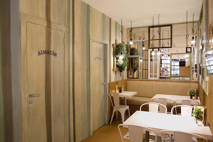 Imagen de mesas y sillas para interiorismo, decoración y reformas.