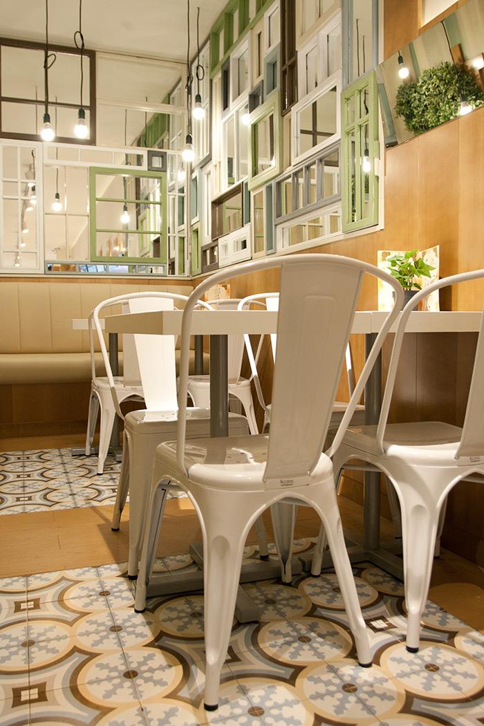 Proyecto de reforma del restaurante las vegas barcelona for Mobiliario para cafes
