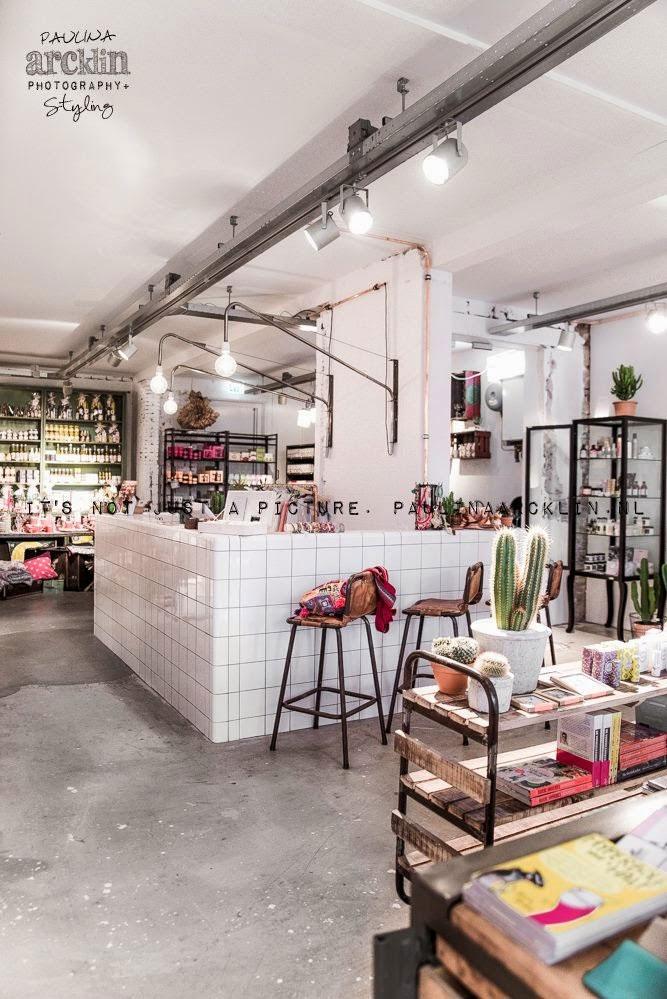 Fotos. Proyectos interiorismo tiendas y comercios.
