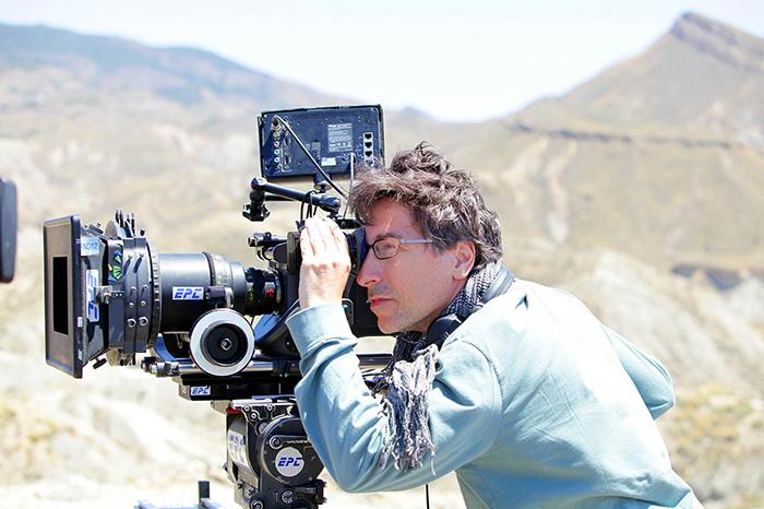 Fotos. David Trueba rodando Vivir es fácil con los ojos cerrados.