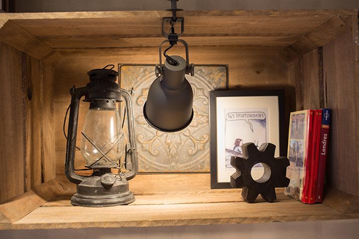 Fotos. Objetos decorativos cafetería Prandium.