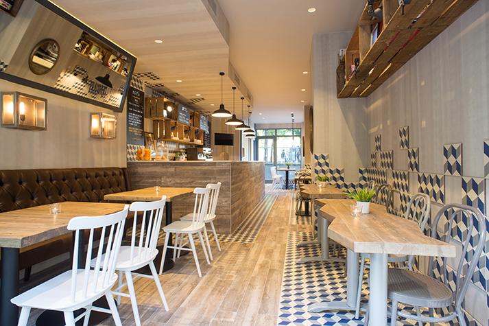 Fotos. Reforma integral en el local de la cafetería Prandium.