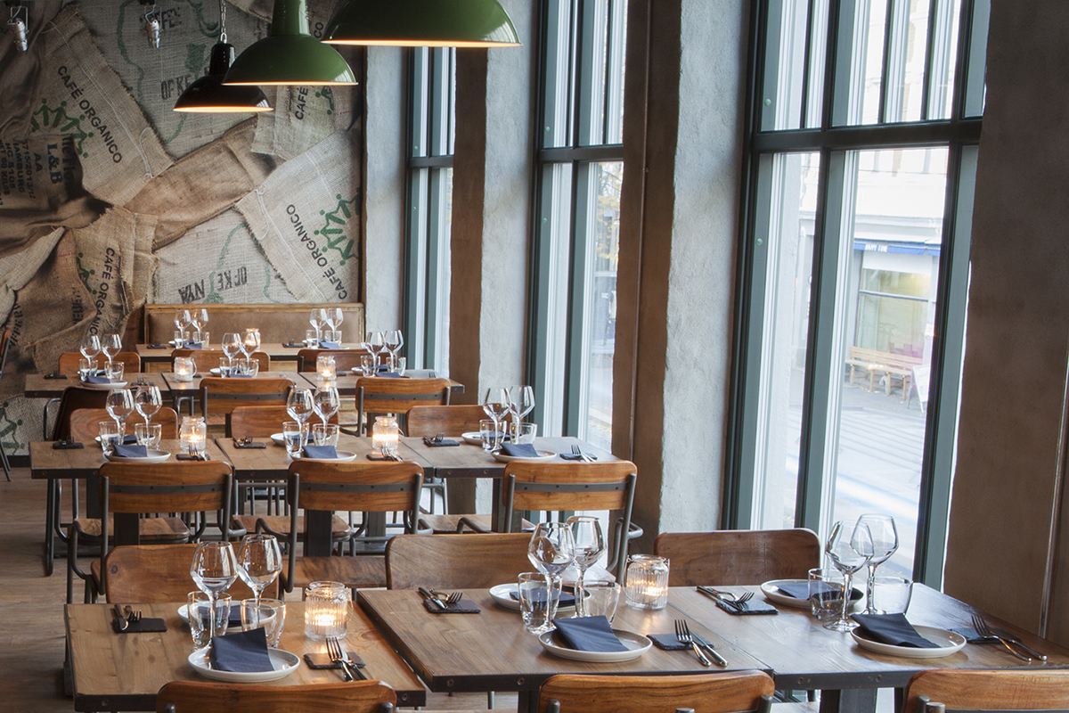 Proyectos de interiorismo bar de tapas restaurante for Proyectos de interiorismo