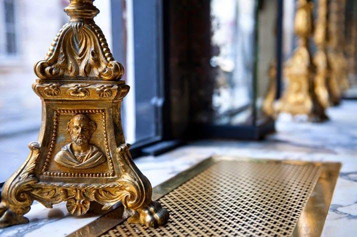 Noticias sobre Elementos para decoración de interiores decadentes con glamour.