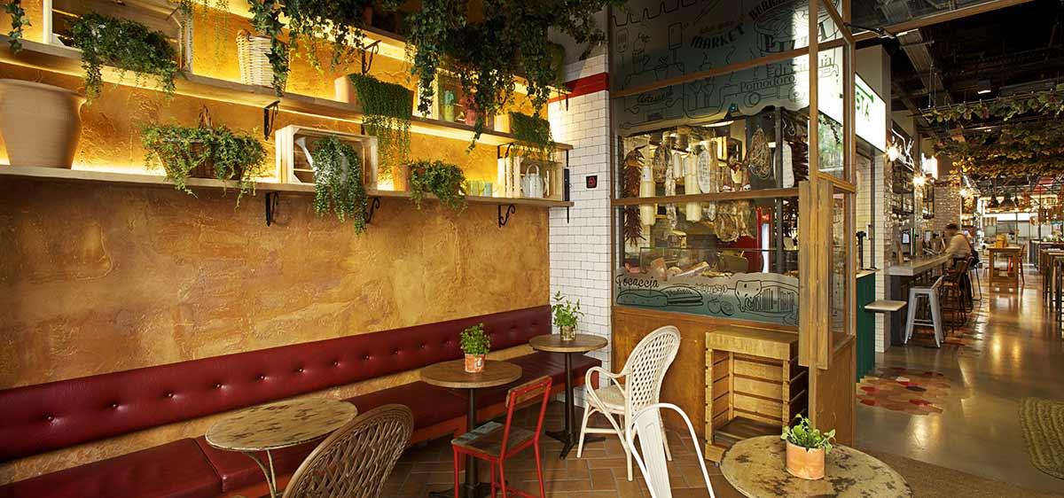 Decoración retro industrial en DAVITA Italian Gastro Market.