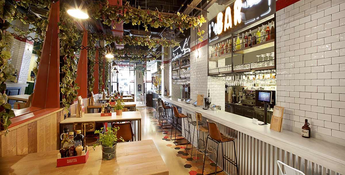 Barra de bar del DAVITA Italian Gastro Market.