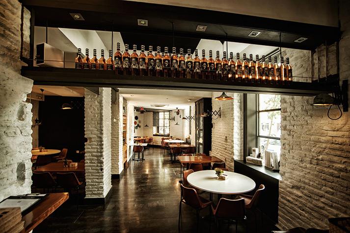 Imágenes del proyecto Plato Plató restaurante.