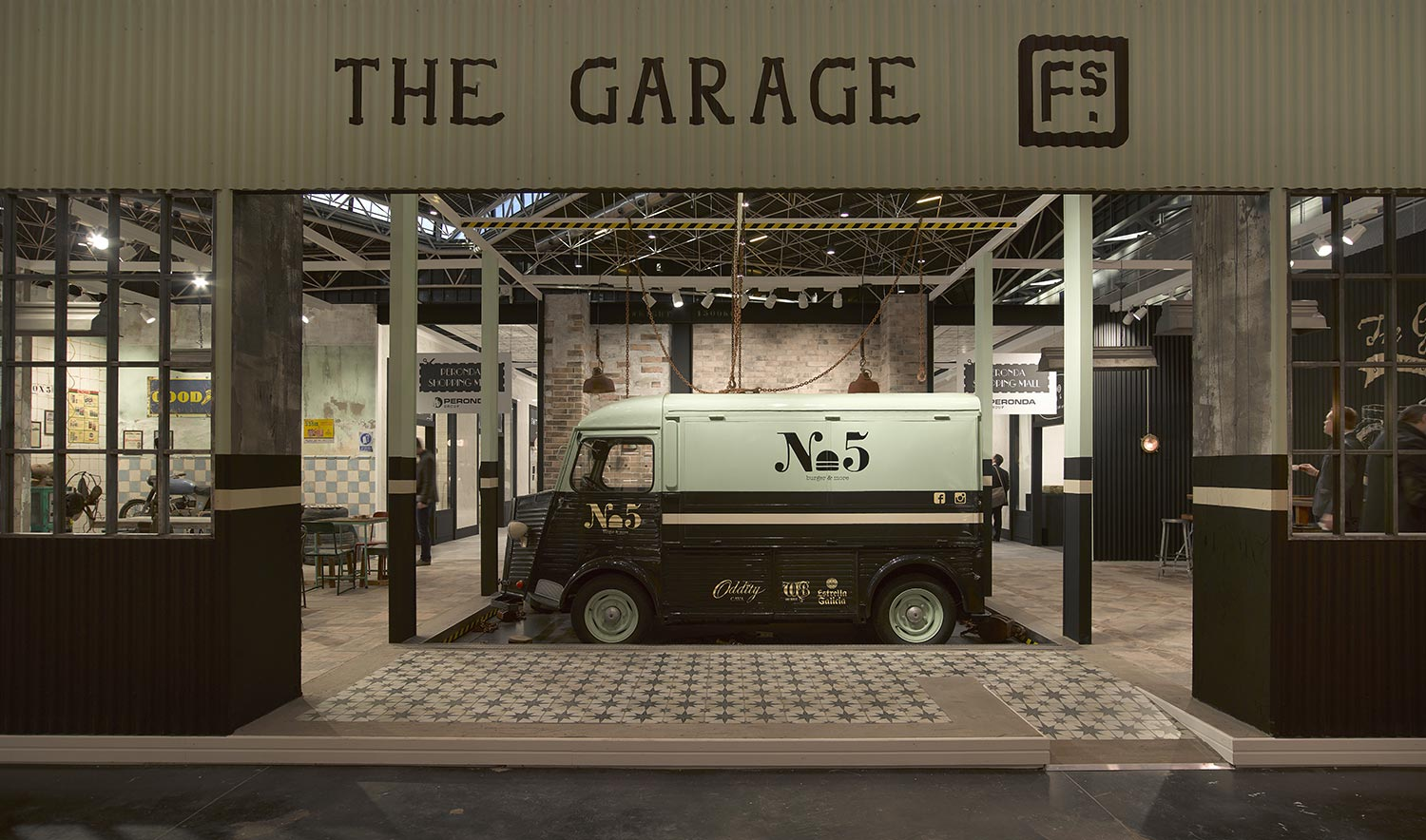 THE GARAGE. Espacio Francisco Segarra Cevisama 2016.
