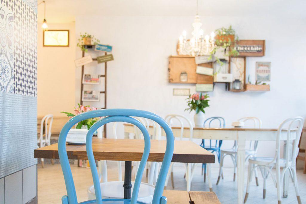 decoracion-de-cafeterias-estilo-provenzal