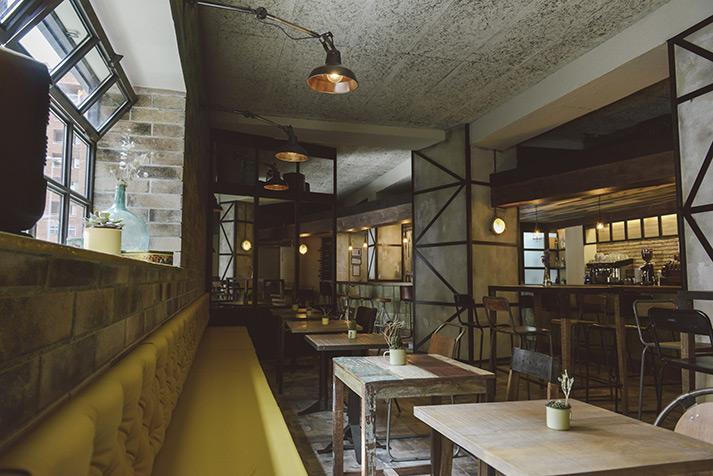 Reforma integral restaurante El Refugio.