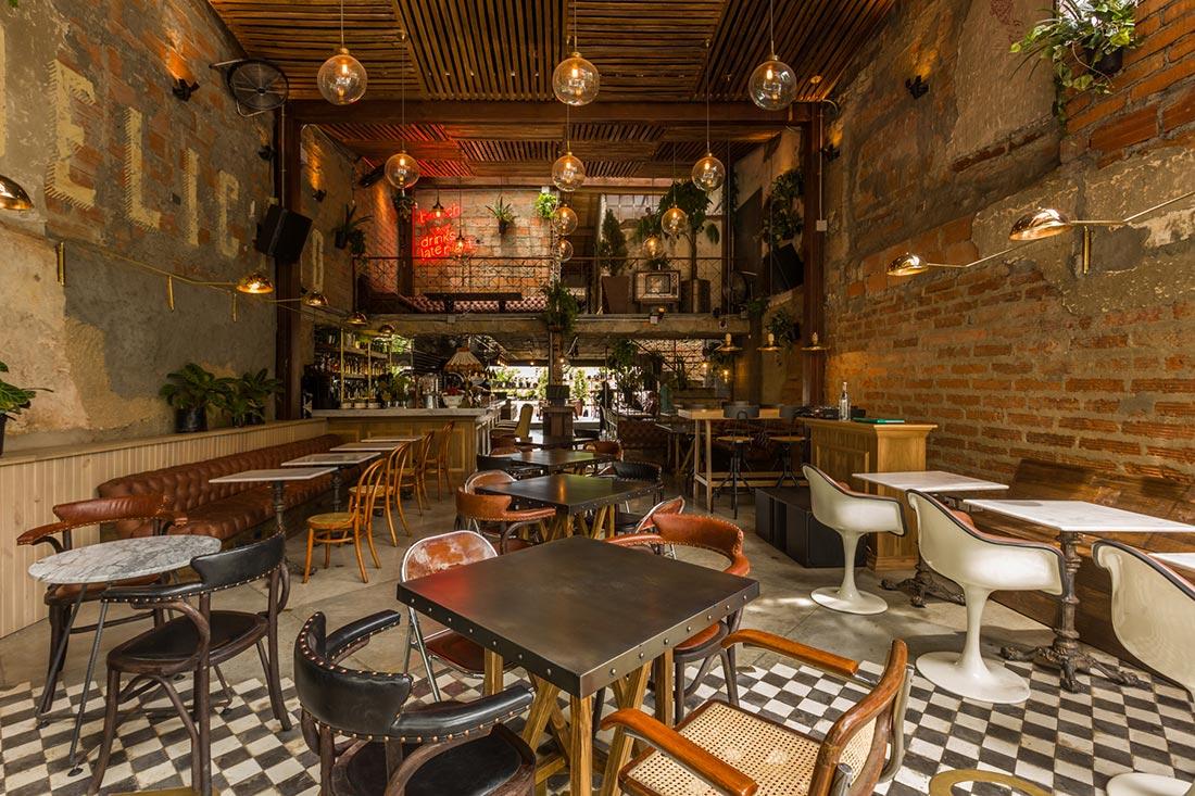 Muebles para proyectos interiorismo hosteler a en colombia for Mobiliario rustico para bares
