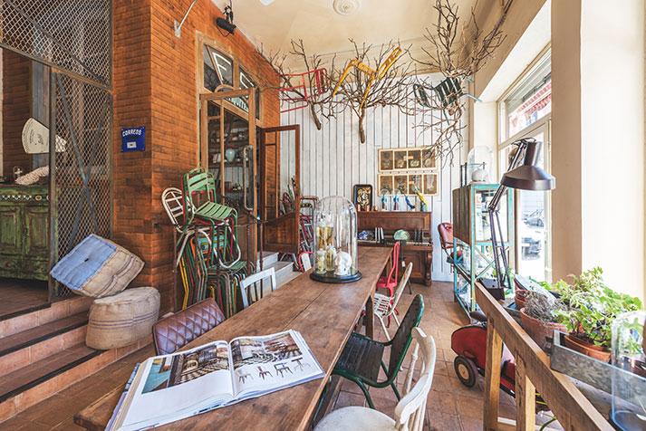 Mercadillos De Muebles : Antigüedades piezas de almoneda y muebles usados online