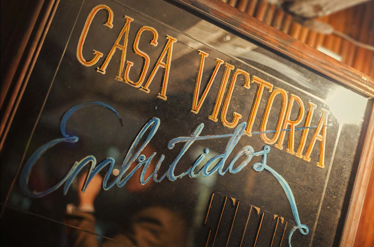 Diseño de bares de tapas. Casa Victoria por Francisco Segarra.