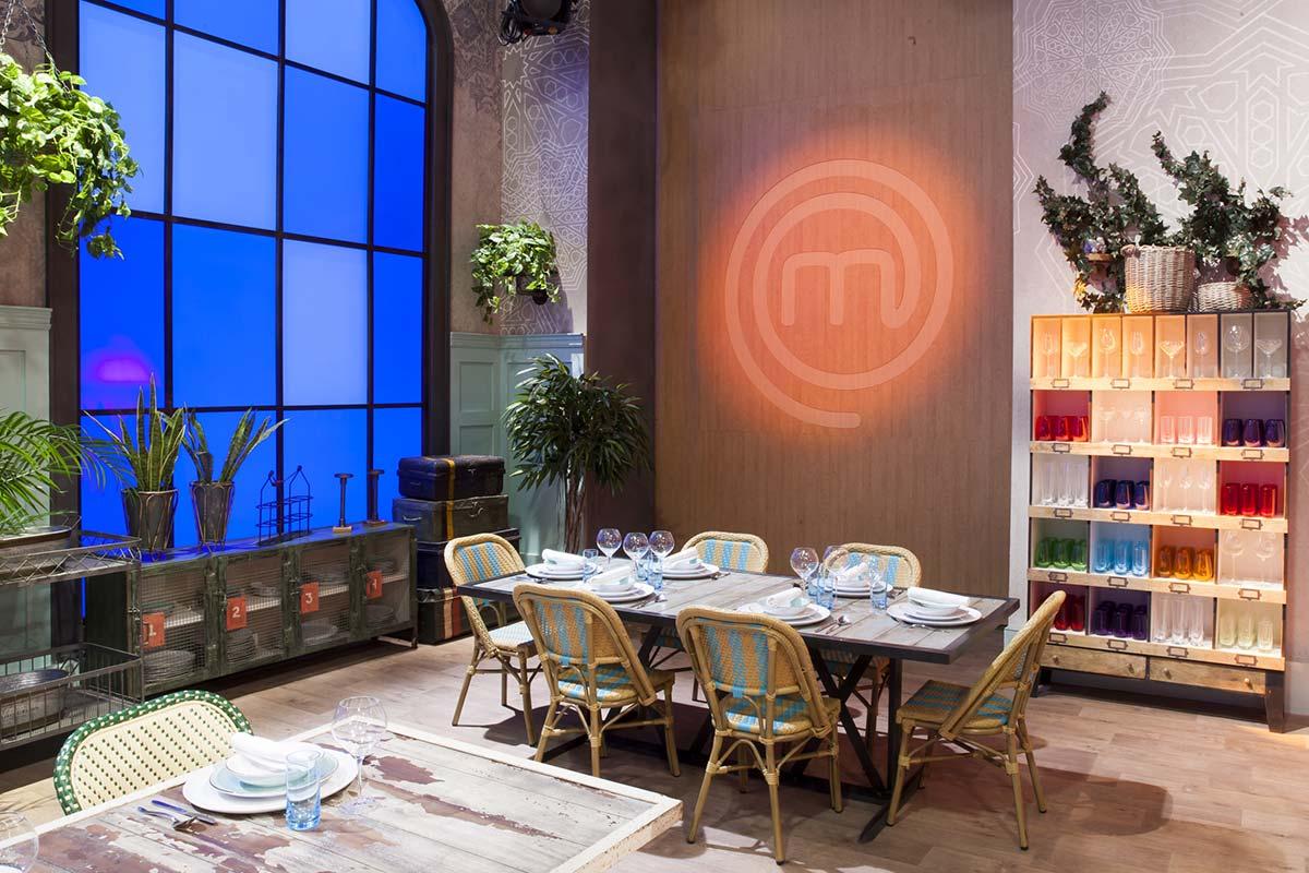 mobiliario de francisco segarra en restaurante masterchef