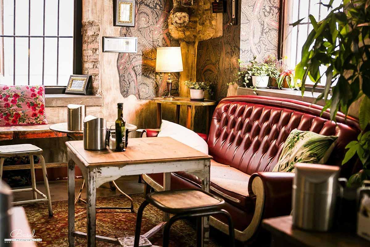 Diseñando un alojamiento turístico único. Lemon Rock Hostel. La reinterpretación del concepto de albergue.