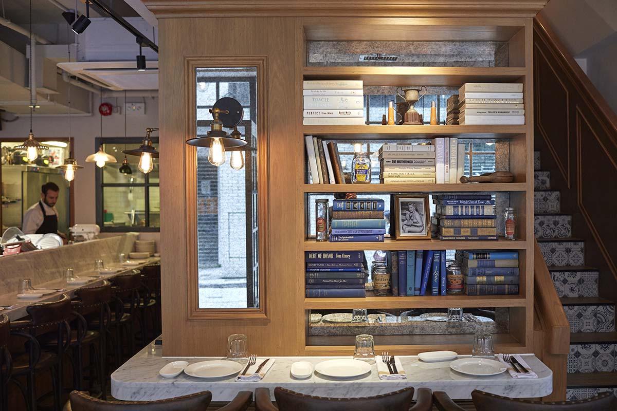 Muebles de Francisco Segarra en los proyectos de interiorismo de Hong Kong.