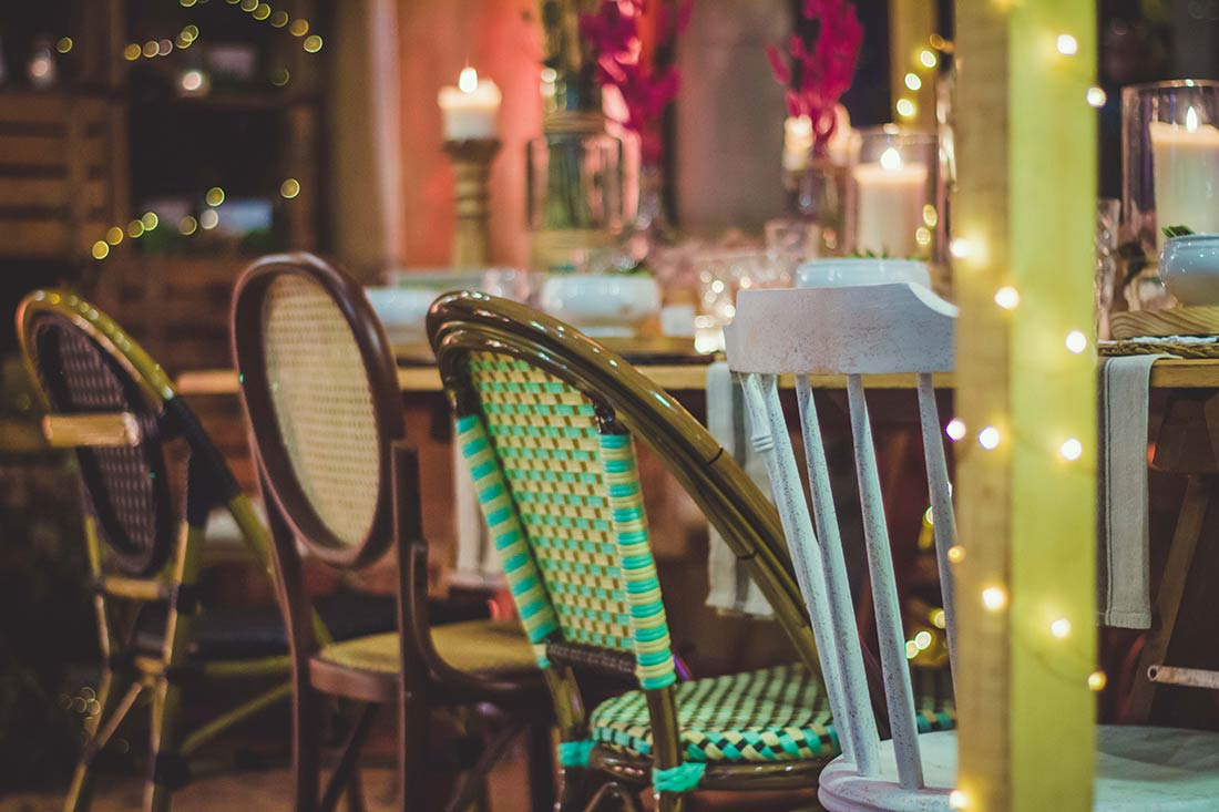 Sillas para empresas del sector de la hostelería, el catering y los eventos.